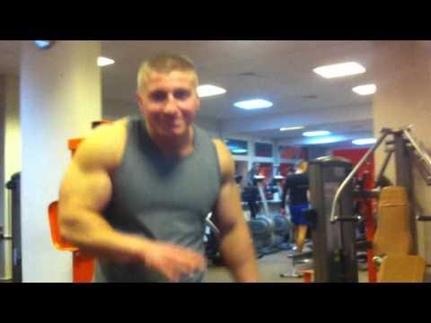 Jak szybko podciągnąć wideo mięśnie piersiowe