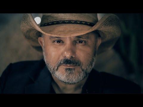 Ouvir Cowboy Comendador