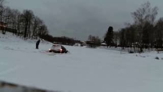 Land Cruiser 200 ушел под лед