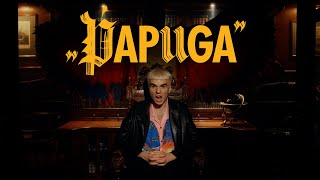Kadr z teledysku Mata tekst piosenki Papuga