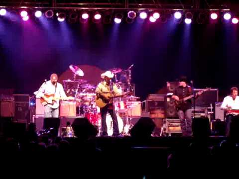 "Jamie Richards ""Don't Try to Find Me"" at Choctaw Casino Durant, OK 04 04 09"