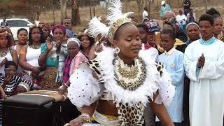 Shembe: Qondi Khumalo Olundi Ehambisa Isicephu.