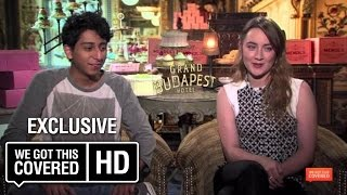 Сирша Ронан, The Grand Budapest Hotel Interview With Willem Dafoe, Jeff Goldblum, Saoirse Ronan And More [HD]