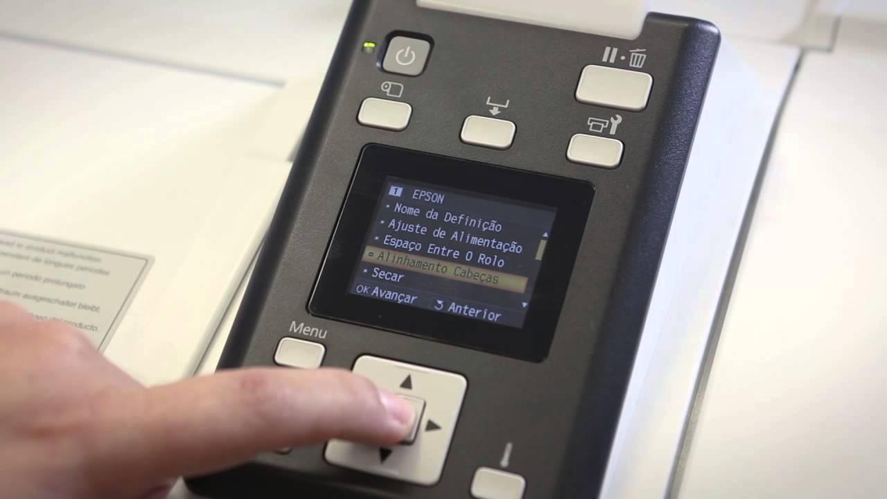 Como personalizar a mídia no painel da impressora Epson F7070