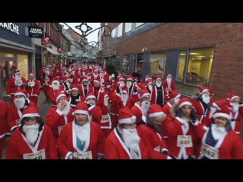 Denmark Santas Race For Families In Need