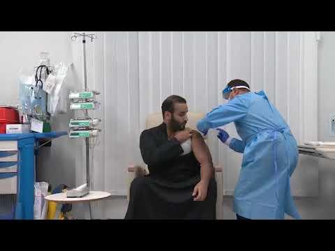 بالفيديو.. ولي العهد يتلقى الجرعة الأولى من لقاح كورونا