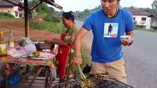 จี่หอยเวียงจันของแท้แซ๊บแซบส์ Oyster roast Lao Style