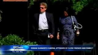 Donna Summer's funeral attended by close friends and family