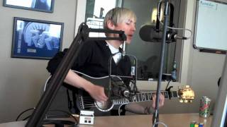 "Evan Taubenfeld - ""Boy Meets Girl"" LIVE on WNCI 97.9"