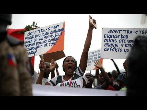 Αϊτή: Η κυβέρνηση ανέστειλε τις αυξήσεις στις τιμές των καυσίμων…