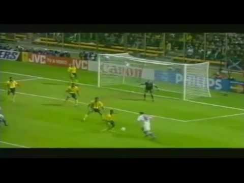Il y a à peu près  20 ans, la France gagnait l'unique coupe du monde de son histoire, revivez tous les buts de ce mondial  98