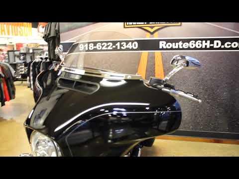 Black 2015 Harley-Davidson® Street Glide® Special FLHXS