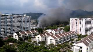 preview picture of video 'More Fire Fighters joining the rescue - Relau Foreign Worker Dorm on Fire 7/3/2015 11.07am'