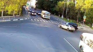 ДТП в Серпухове. Проскоч-ууу!... (видео со звуком) 23 сентября 2017г.