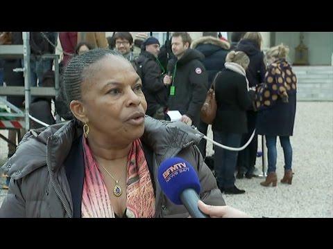 """""""Les propos de Christiane Taubira sont une attaque directe et personnelle"""", estime Darmanin (MàJ)"""