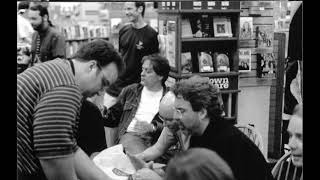 10,000 Maniacs - May 22, 1999 - Borders Books: Strongsville, OH
