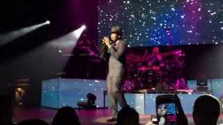 """Ne-Yo performing Mario's """"Let Me Love You"""""""