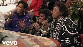 The Barrett Sisters - Jesus Loves Me (Live)