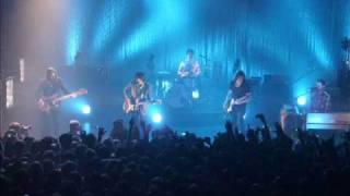 Arctic Monkeys - Fire and The Thud (Shepherd's Bush Empire)