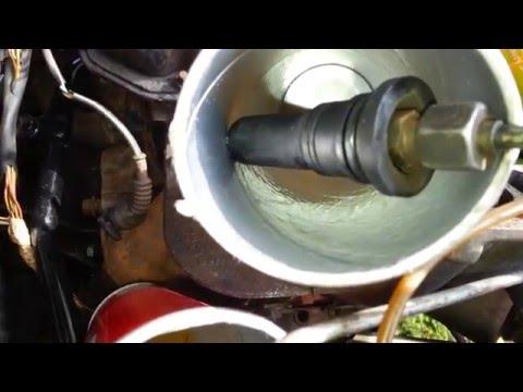 Die Umarbeitung des Autos vom Gas auf das Benzin