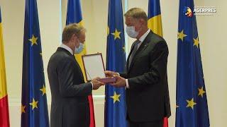 Preşedintele Iohannis l-a decorat pe Donald Tusk: Este una dintre cele mai euro-entuziaste personalităţi europene
