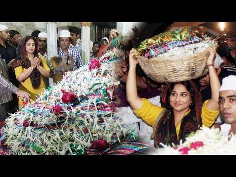 Caught: Vidya Balan Praying At Mahim Dargah