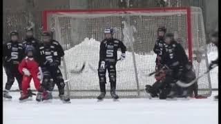 На льду наши сошлись со шведами