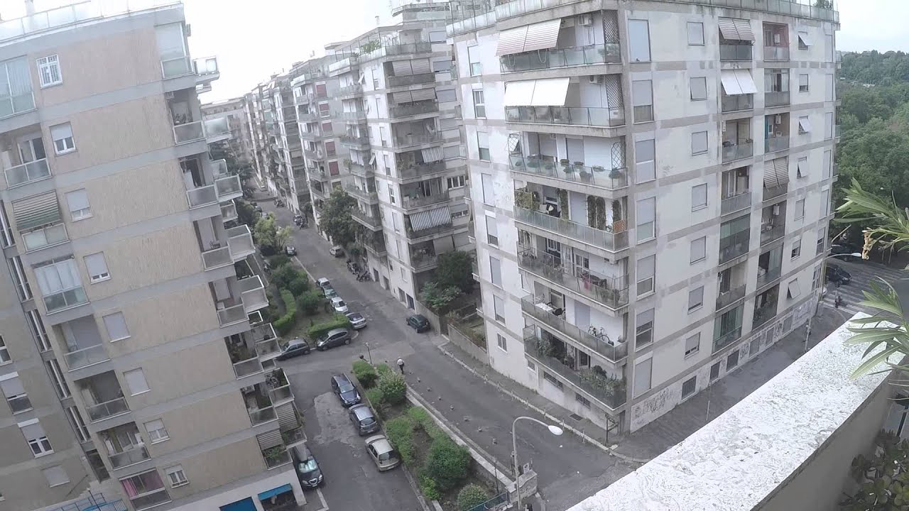 Three spacious bedrooms in a peaceful apartment with great views, female students only