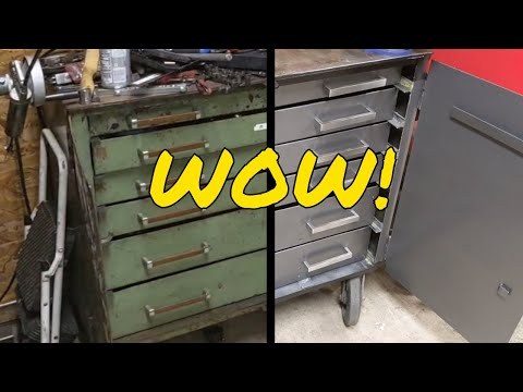Yet another tool box restoration video removing rust more rust and even more rust then add paint.