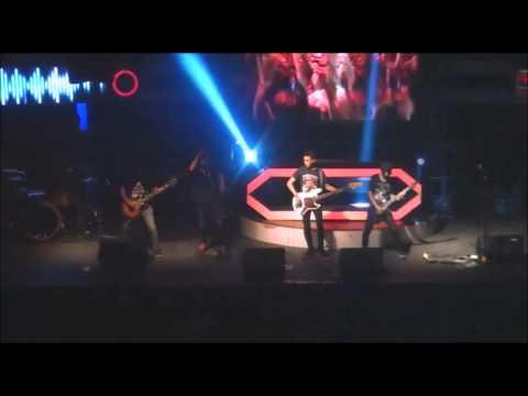 Scenes of Promnite   Surrender Live at Liquid Cafe Jogja