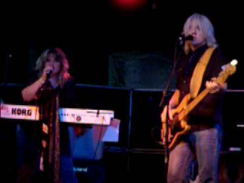 Blue Monday Band covers Gold Dust Woman