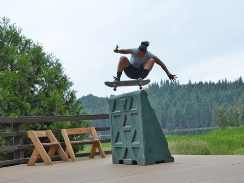 Blog Cam #45 - Element Skate Camp with Samarria, Chelsea & Candy