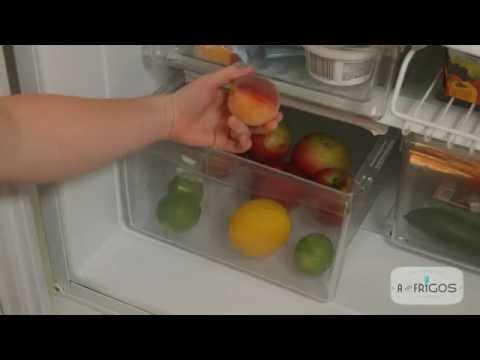 """À frigo bien rangé, nul n'est tenu de jeter! Apprenez les bases d'une bonne gestion du réfrigérateur et vous diminuerez certainement le nombre d'aliments jetés inutilement!  Pour connaitre plus de trucs et astuces, inscrivez-vous à un atelier """"À vos frigos"""" dans votre région au jourdelaterre.org/avosfrigos  Crédits :  Réalisation/montage : Nicolas Archambault Caméra : David Paradis"""