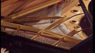 Nguyen Viet Trung un jeune pianiste talentueux
