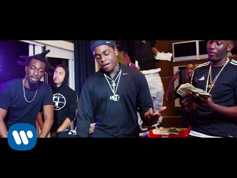Maroon 5 - Kodak Black — First Day Out