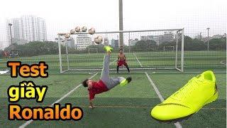 Thử Thách Bóng Đá sút Vô Lê như Ronaldo với đôi giày CR7 Đỗ Kim Phúc tặng Quang Hải Nhí Duy Trung