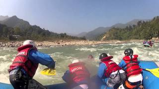 preview picture of video 'Nepal Whitewater Rafting Trailer - مختصر رحلة التجديف في نيبال'
