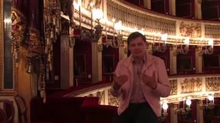 Евгений Понасенков рассказывает о традиции аплодировать за королем в театре Сан-Карло