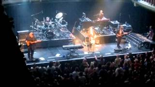 Marillion - Between You and Me