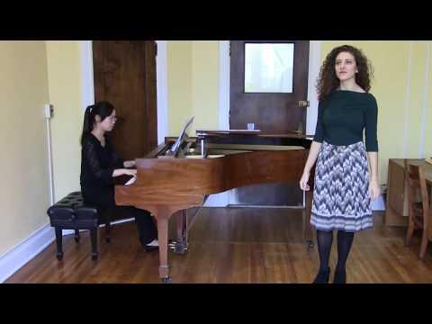 """""""Deh vieni non tardar"""" from Le nozze di Figaro by Mozart, pianist Victoria Chung"""