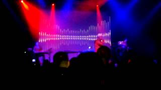 Howard Jones - intro + 'Automaton' live @ o2 Academy Birmingham, 14 April 2012