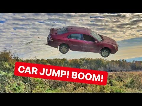 Epic Muddy FORD FUSION CAR JUMP!