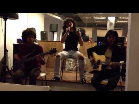 Richie Kotzen - High ( cover by Resonansi ) @ Cafe Kintami