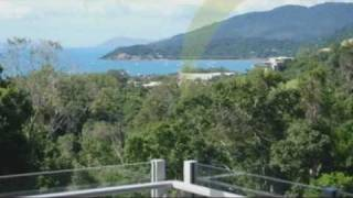 Summit Apartments is a serviced accommodation property in Airlie Beach. The complex is located in the foothills of Conway National Park and enjoys sweeping north-easterly views of the picturesque Coral Sea and magnificent islands of the Whitsundays.