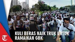 Kuli Beras Naik Truk Ramaikan Gelora Bung Karno untuk Dukung Jokowi