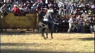 Jaripeo en Tzentzenguaro Michoacan 1-22-2014