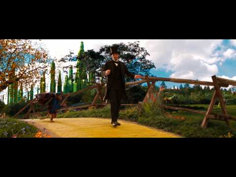 Oz: The Great and Powerful Clip 'Bananas'