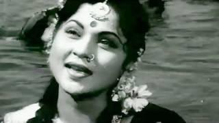 Phool Bagiya Mein Bulbul Bole - Lata Mangeshkar   - YouTube