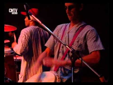 Bersuit Vergarabat video Danza de los muertos pobres - San Pedro Rock I - 2003