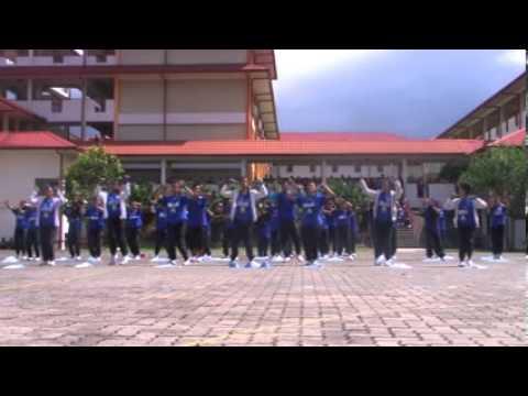 Cheerleaders SMK Ranau ( KEMBARA TEAM ) 2013
